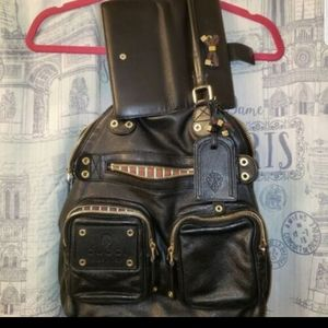 Gucci Bags - Timeless Vintage Well Maintained Gucci Set